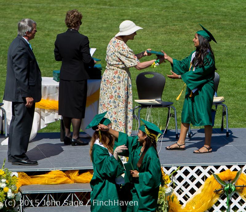 7733 Vashon Island High School Graduation 2015 061315