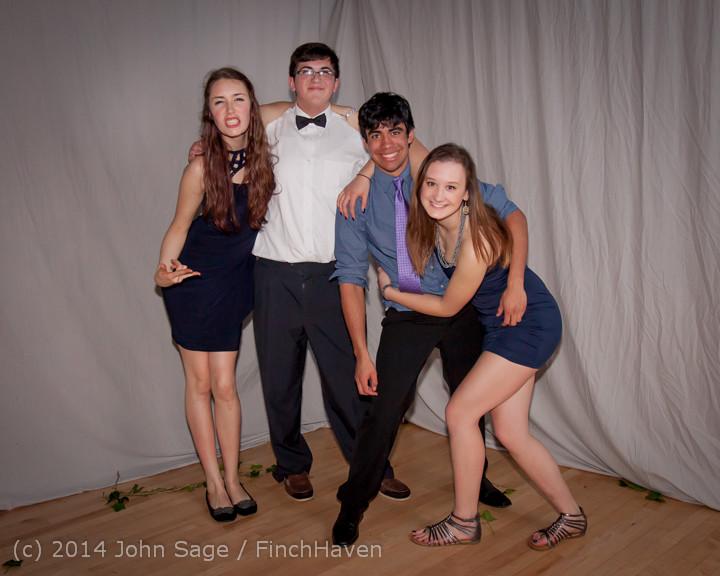 5445 Vashon Island High School Tolo Dance 2014 031514