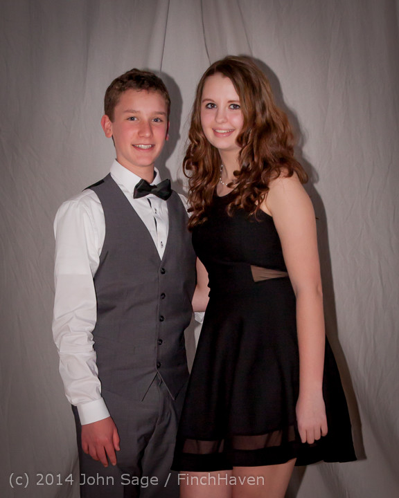5465-b Vashon Island High School Tolo Dance 2014 031514