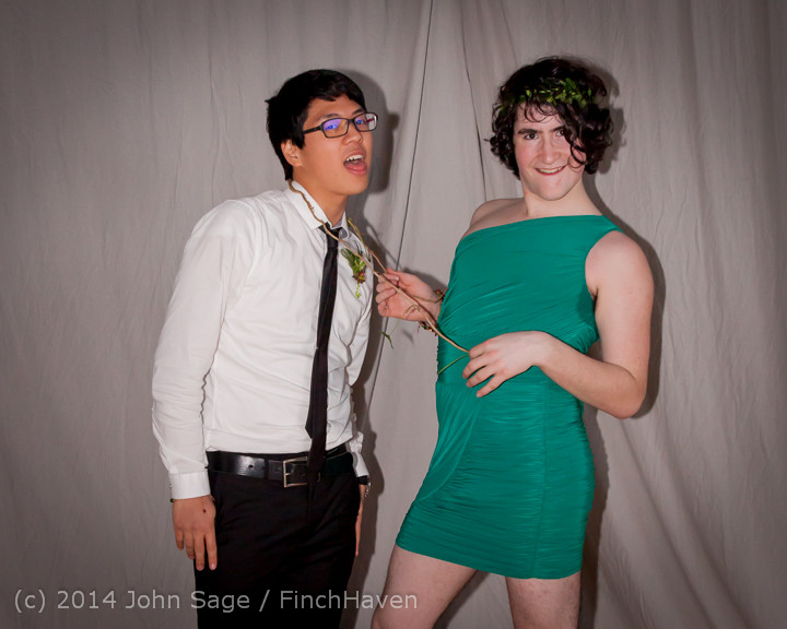 5513-b Vashon Island High School Tolo Dance 2014 031514