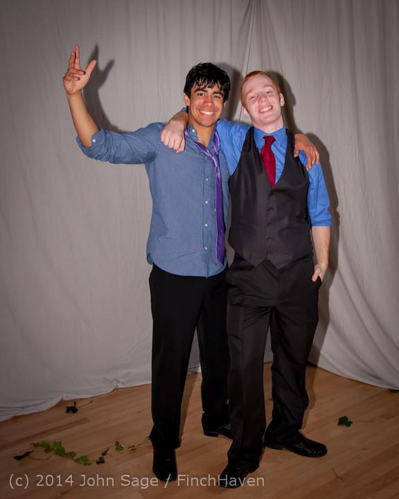 5519 Vashon Island High School Tolo Dance 2014 031514