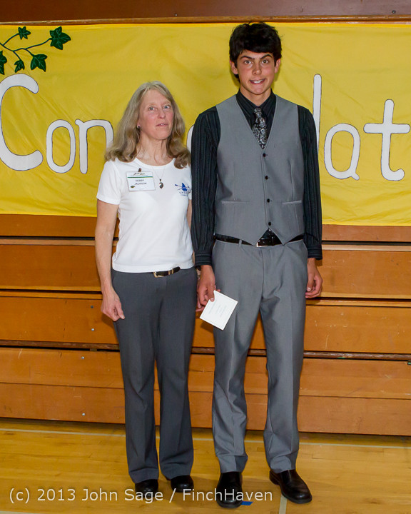 0135-a Vashon Community Scholarship Foundation Awards 2013 052913