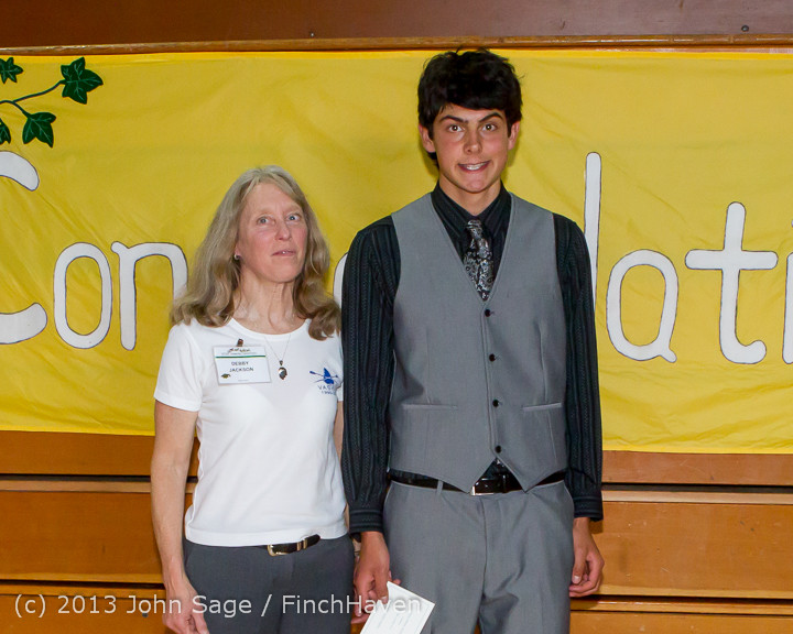 0135-b Vashon Community Scholarship Foundation Awards 2013 052913