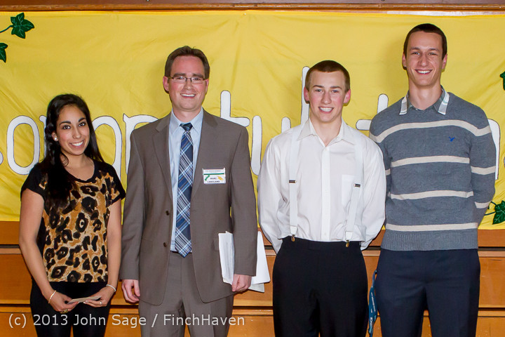0223-b_Vashon_Community_Scholarship_Foundation_Awards_2013_052913