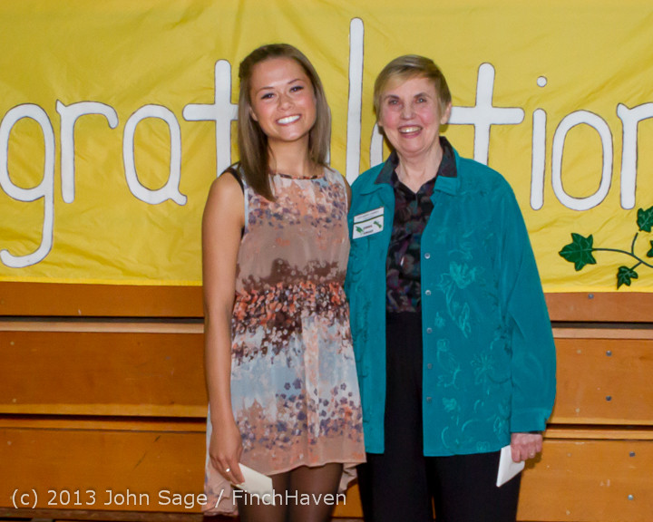 0273-b Vashon Community Scholarship Foundation Awards 2013 052913