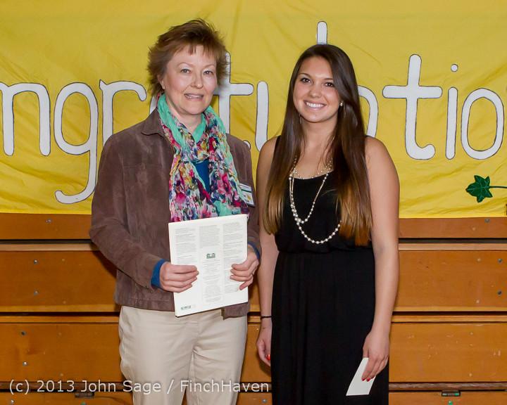 0287-b Vashon Community Scholarship Foundation Awards 2013 052913