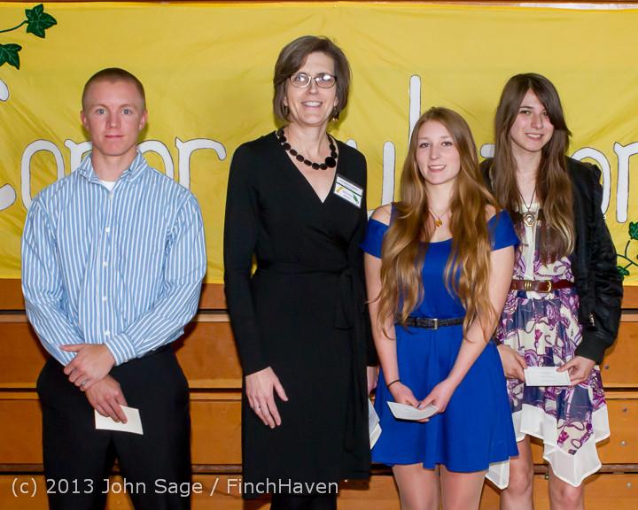 0289-b Vashon Community Scholarship Foundation Awards 2013 052913