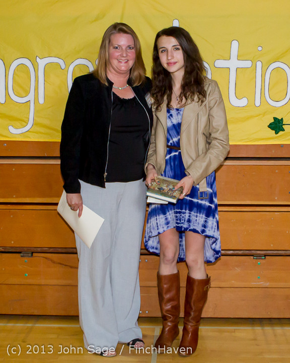 0295-a Vashon Community Scholarship Foundation Awards 2013 052913