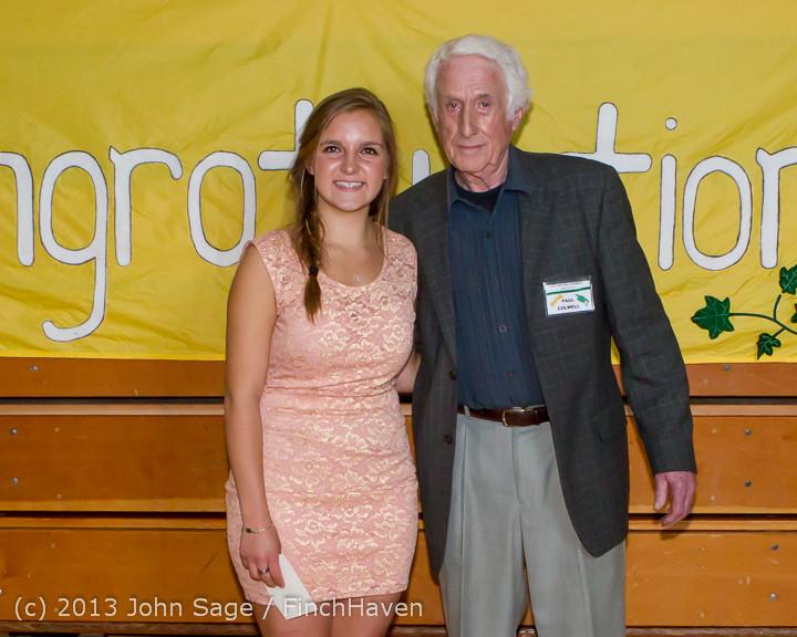 0298-b Vashon Community Scholarship Foundation Awards 2013 052913