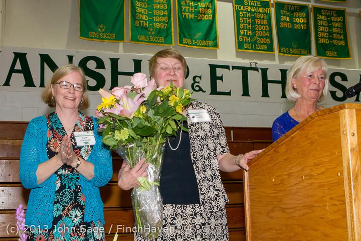0335 Vashon Community Scholarship Foundation Awards 2013 052913