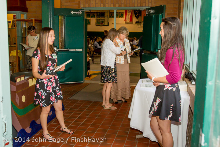 1064_Vashon_Community_Scholarship_Foundation_Awards_2014_052814
