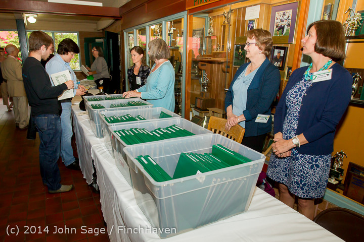 1075 Vashon Community Scholarship Foundation Awards 2014 052814