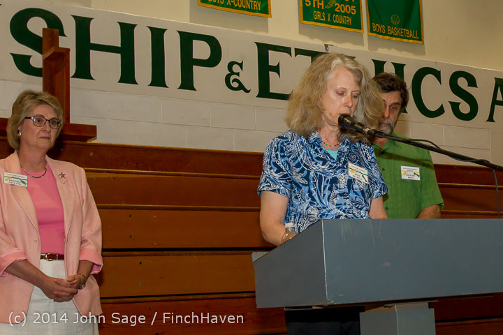 1112_Vashon_Community_Scholarship_Foundation_Awards_2014_052814