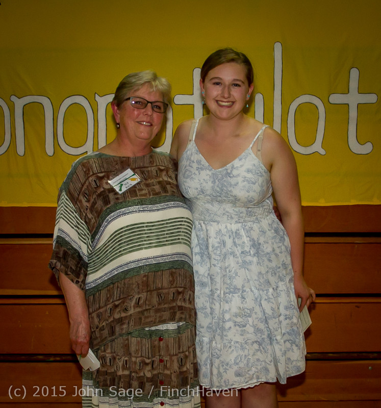 5694-a Vashon Community Scholarship Foundation Awards 2015 052715