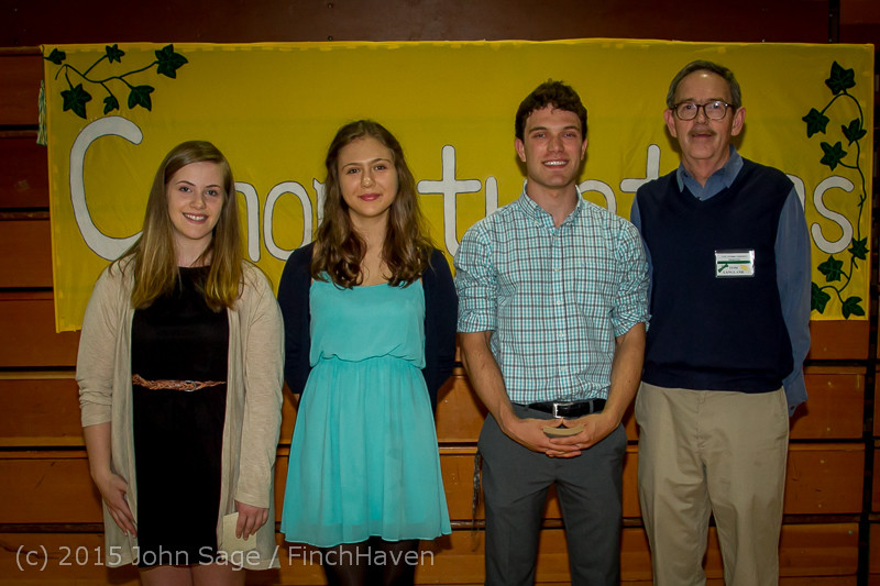 5705-a_Vashon_Community_Scholarship_Foundation_Awards_2015_052715