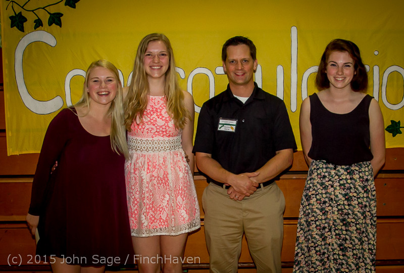 5861-a Vashon Community Scholarship Foundation Awards 2015 052715