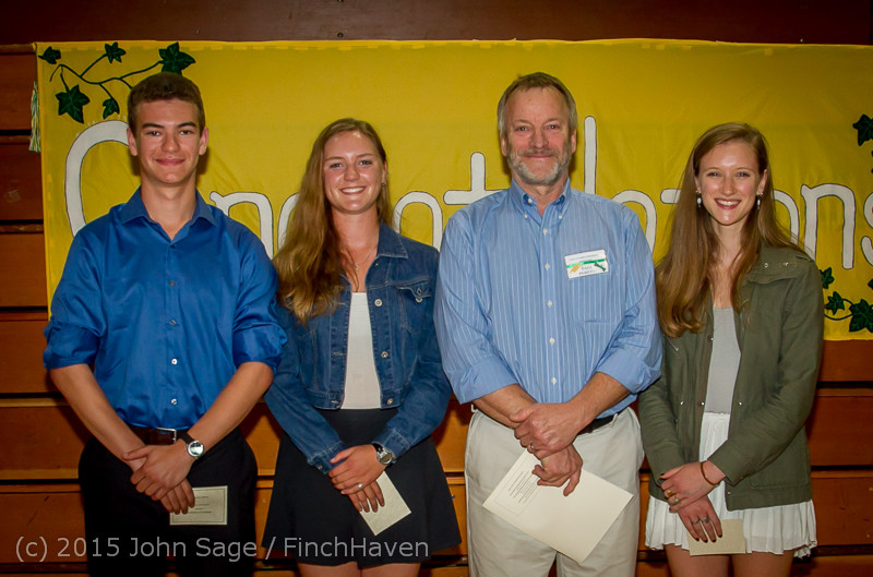 5864-a_Vashon_Community_Scholarship_Foundation_Awards_2015_052715
