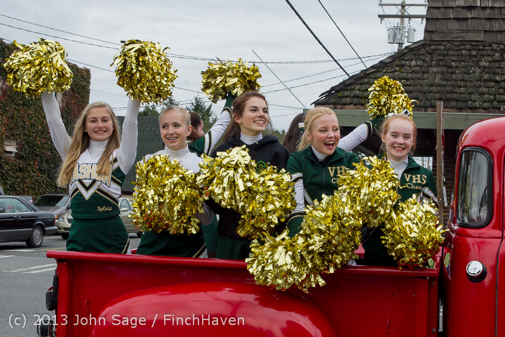 19325_VHS_Fall_Cheer_2013_at_VHS_Homecoming_2013_101113