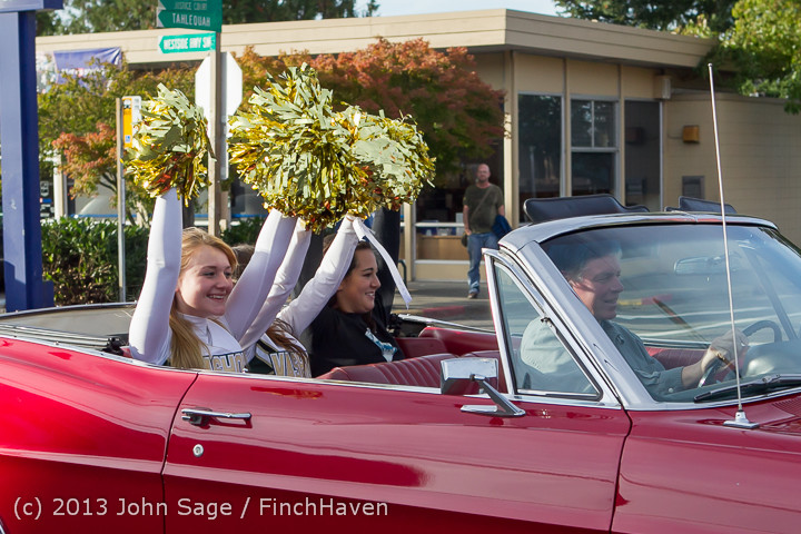 5244_VHS_Fall_Cheer_2013_at_Football_v_Port_Townsend_100413