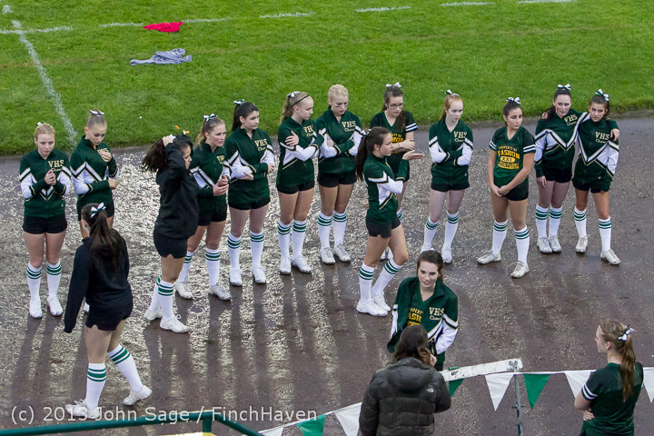 5851_VHS_Fall_Cheer_2013_at_Football_v_Casc-Chr_092013