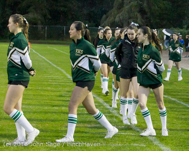 5901_VHS_Fall_Cheer_2013_at_Football_v_Casc-Chr_092013
