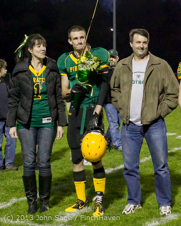 21401 VHS Fall Cheer-Football Seniors Night 2013 101113