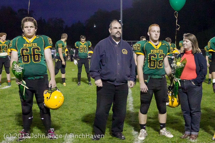 21417 VHS Fall Cheer-Football Seniors Night 2013 101113