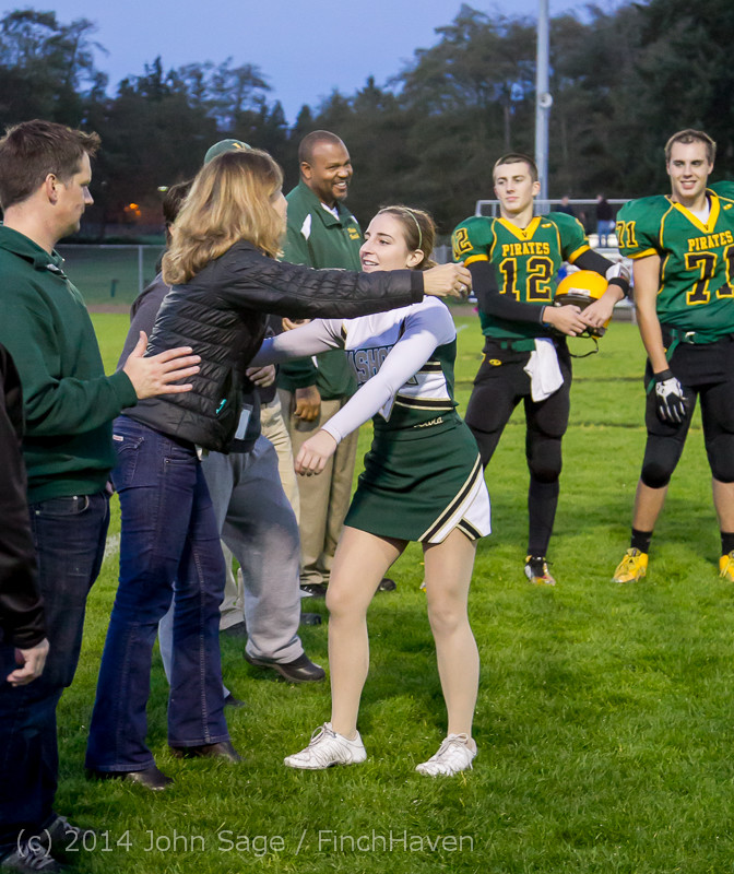 3911_VHS_Football_Fall_Cheer_Seniors_Night_2014_103114