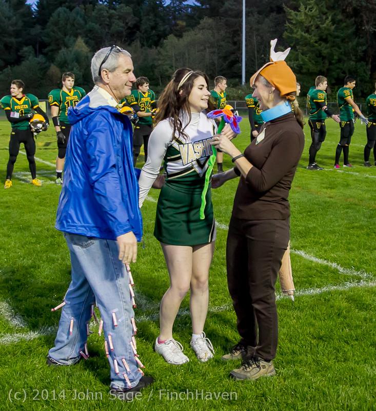 3948 VHS Football Fall Cheer Seniors Night 2014 103114