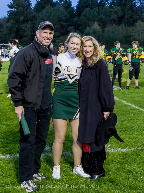 3989 VHS Football Fall Cheer Seniors Night 2014 103114
