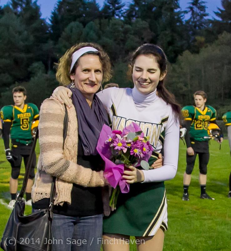 4016-a VHS Football Fall Cheer Seniors Night 2014 103114