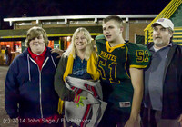9452 Victory Celebration Football v Chimacum 103114