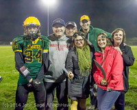 9470 Victory Celebration Football v Chimacum 103114