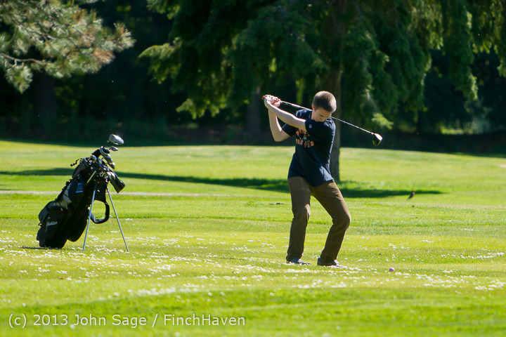 19243_VHS_Golf_at_Vashon_Golf_and_Swim_Club_050613