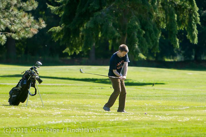 19246 VHS Golf at Vashon Golf and Swim Club 050613
