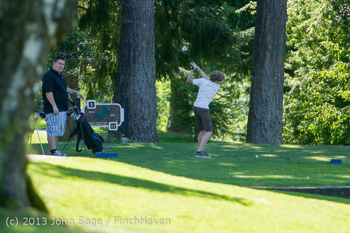 19397 VHS Golf at Vashon Golf and Swim Club 050613
