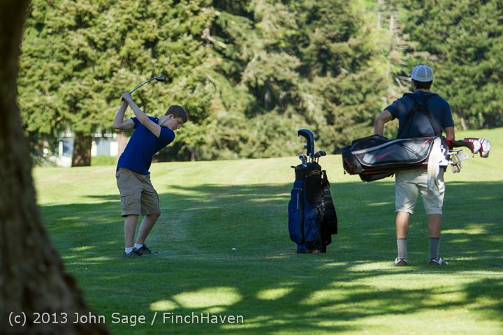 20007 VHS Golf at Vashon Golf and Swim Club 050613