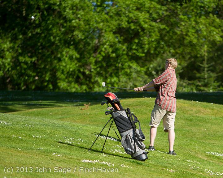 20111 VHS Golf at Vashon Golf and Swim Club 050613