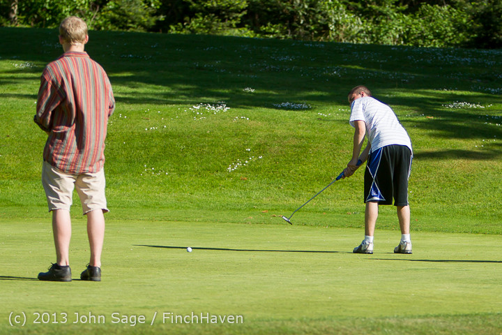 20151 VHS Golf at Vashon Golf and Swim Club 050613