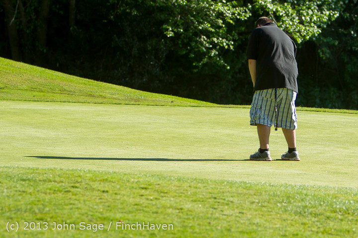 20442 VHS Golf at Vashon Golf and Swim Club 050613
