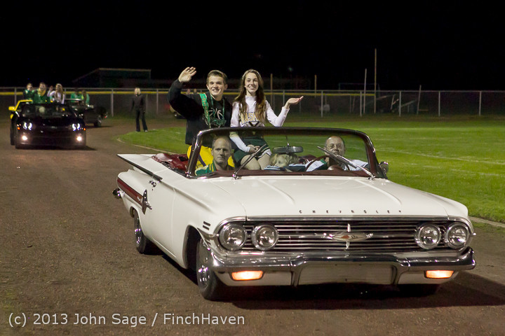 22968 VHS Homecoming Court 2013 101113