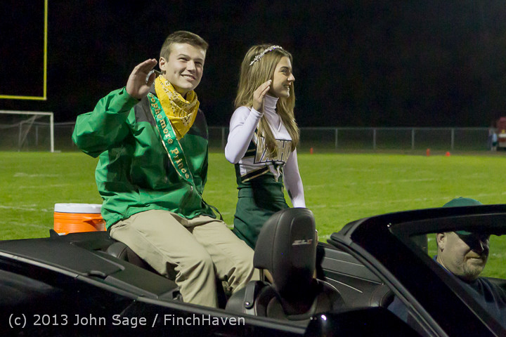 22979 VHS Homecoming Court 2013 101113