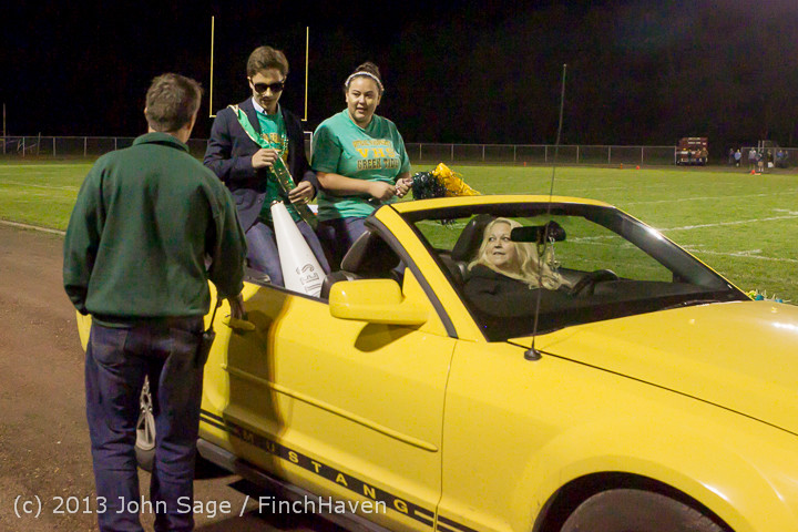 23046 VHS Homecoming Court 2013 101113