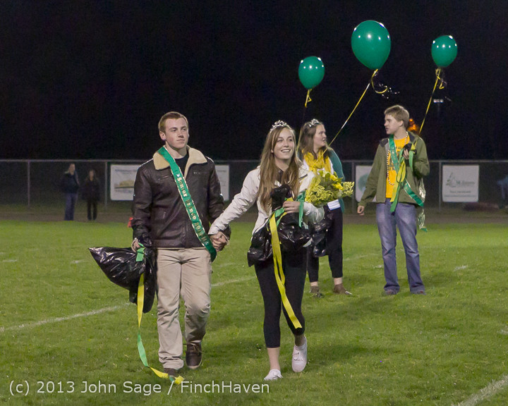 23256 VHS Homecoming Court 2013 101113