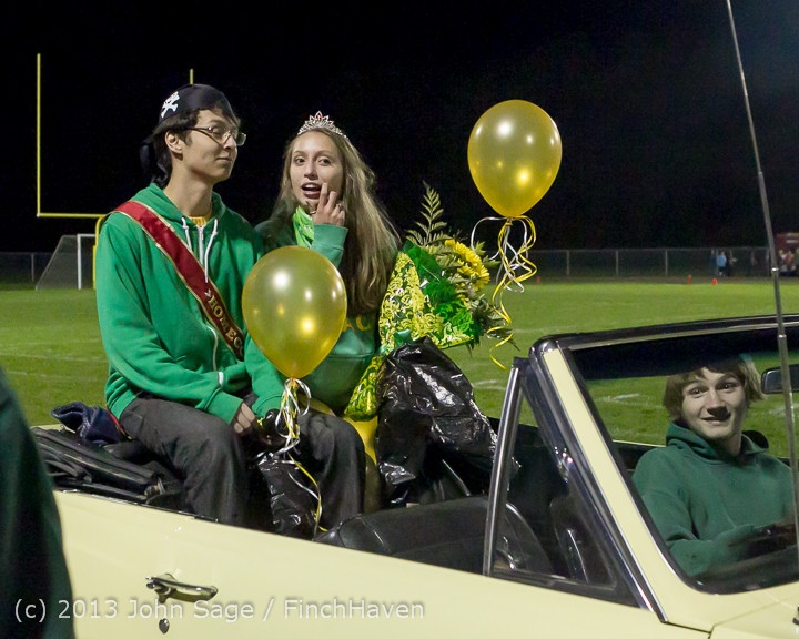 23324 VHS Homecoming Court 2013 101113