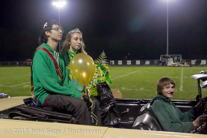 23329 VHS Homecoming Court 2013 101113