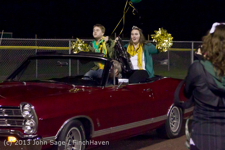 23373 VHS Homecoming Court 2013 101113