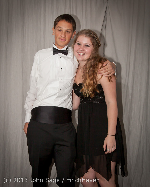 8275-b VHS Homecoming Dance 2013 101213