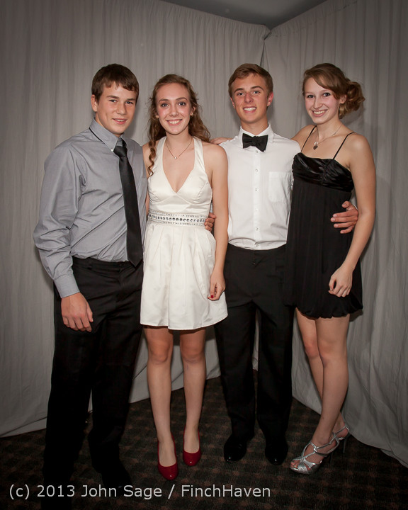 8286-a VHS Homecoming Dance 2013 101213
