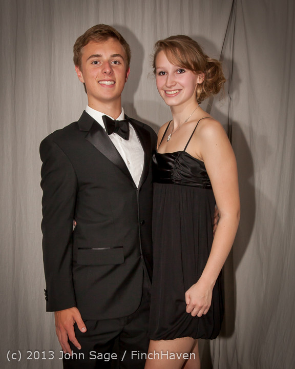 8291-b_VHS_Homecoming_Dance_2013_101213